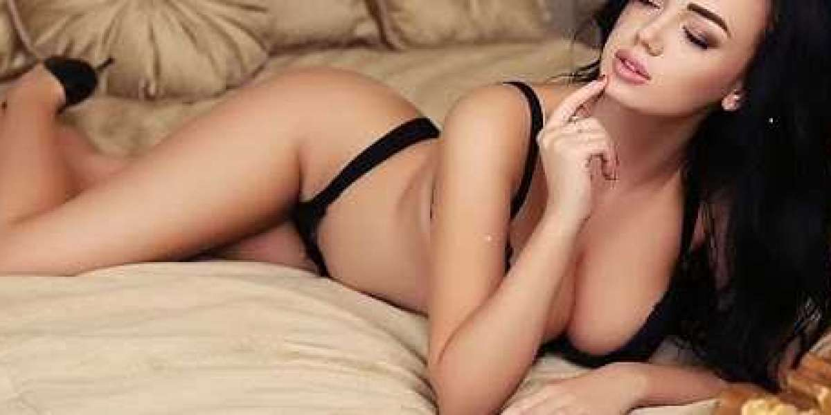 Escorts Services in Kolkata By Misspalak