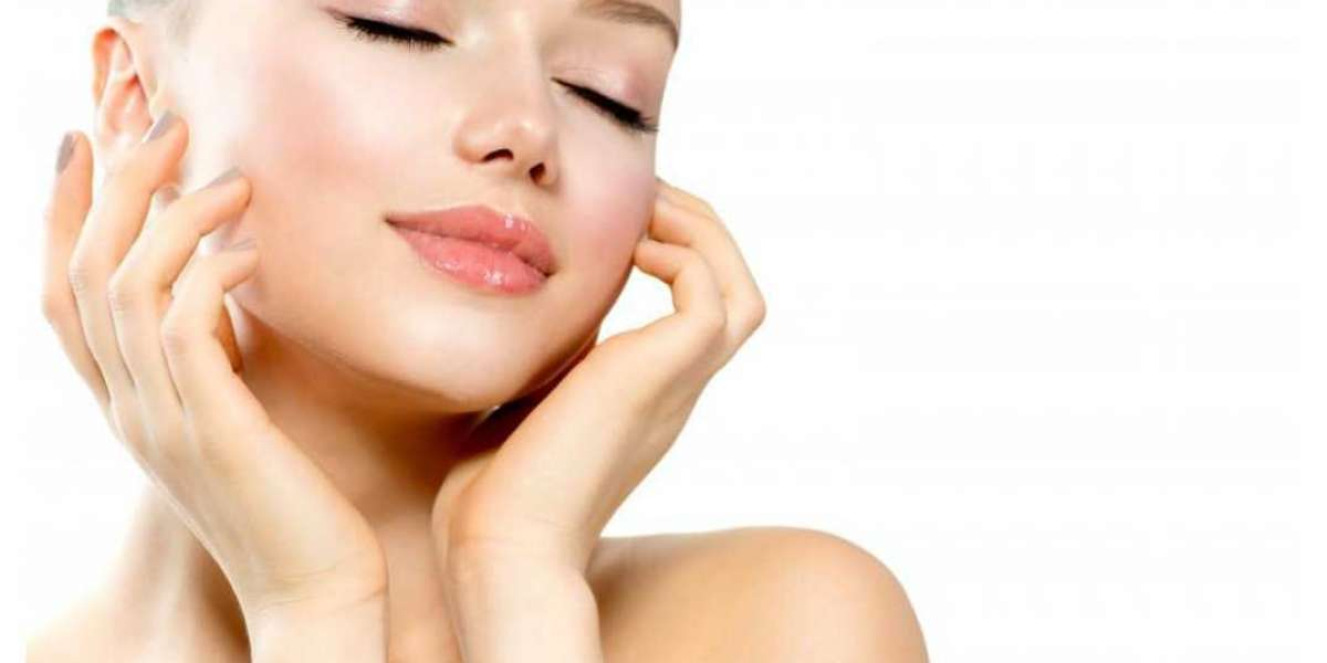 Get A Glowing Face With The Best Facials In Beverly Hills