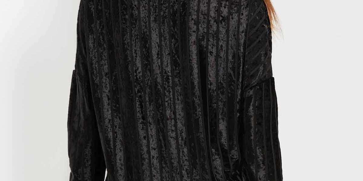 V-Neck Lace Backless Long Sleeve Black T-Shirts